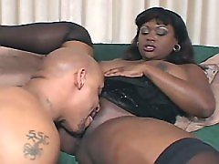 Horny plump black vixen loves big peckers black chubby movies